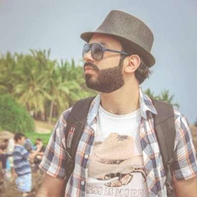 Ahmad aldurra أعشق السفر